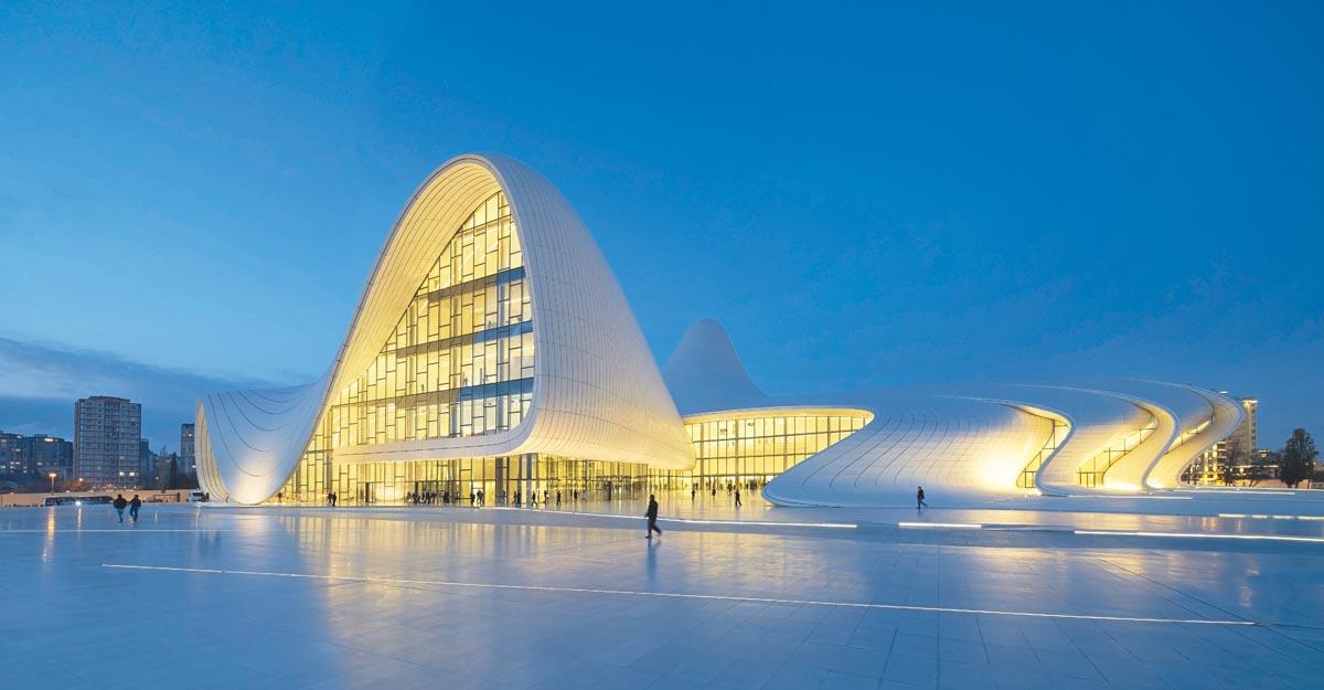 ZHA Heydar Aliyev Center Baku, exterior © Hufton+Crow